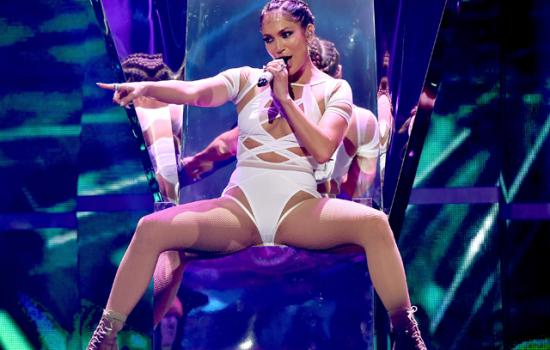 Jennifer Lopez Reveals How She Gets Ready to Take the Stage