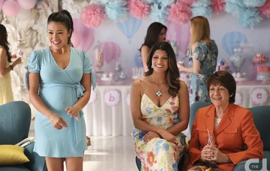 The 10: Signs You're At A Latino Baby Shower