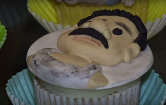 """This Mexican Bakery is Selling """"El Chapo"""" Cupcakes"""