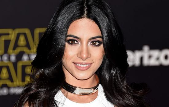 Emeraude Toubia Takes Home an MTV Fandom Award for Her Work on 'Shadowhunters'