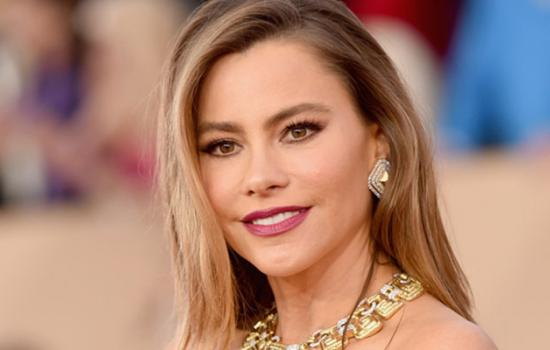 Sofia Vergara Reveals Which 'Modern Family' Co-Star is Her Fitspiration