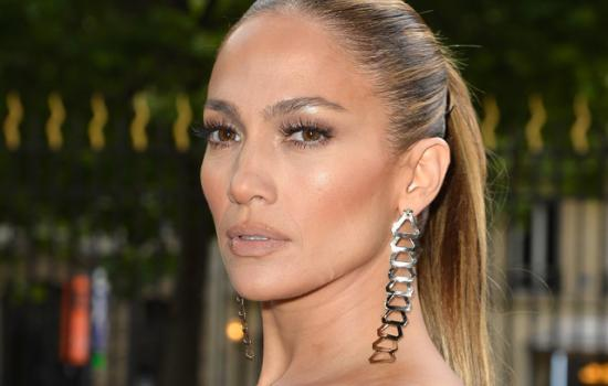 Get JLo's Chiseled Cheeks: How to Contour Your Face Like a Pro