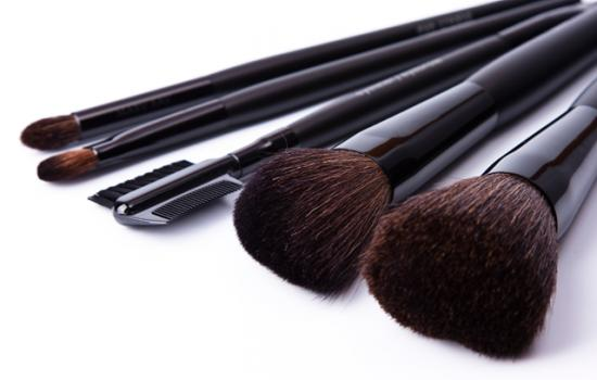 The Makeup Brushes You Need in Your Cosmetic Bag